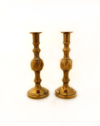 IV-3874 Pair of English Victorian Brass Candlesticks