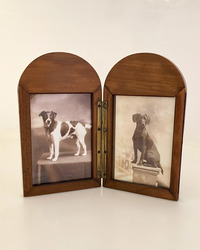 I-10-30 English Double Picture Frame - View 2 open